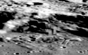Bases en el lado oscuro de la luna como las que dice haber visto Karl Wolfe
