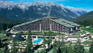 Hotel interAlpen en Austria, donde la élite mundial estará por 3 días a puertas cerradas.