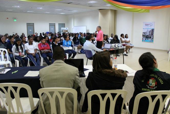 Secretario de Educación de Puerto Tejada, Carlos Tobar b