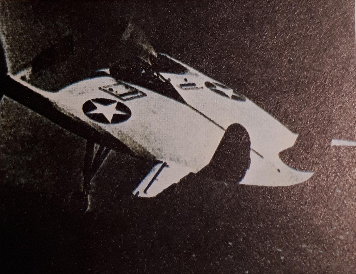 """El avión V-173 fue denominado por los pilotos """"torta volante"""" pues carecía de alas. La fotografía fue publicada en 1947, cuando se produjo la primera gran oleada de avistamientos"""