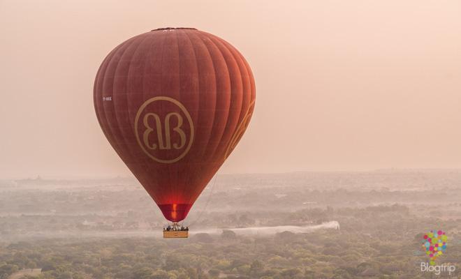 vuelo en globo sobre Bagan Myanmar (Birmania)