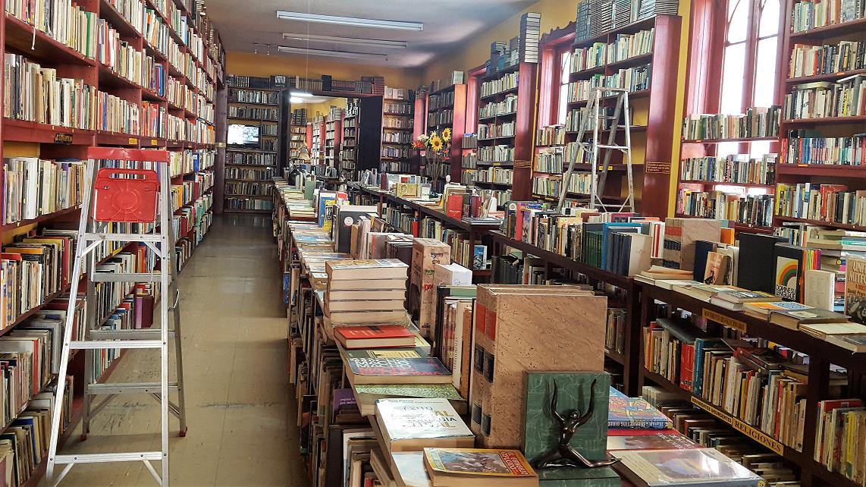 La librería de usados con la colección más grande en Colombia