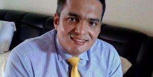 Lucho De la Hoz, candidato al Senado, # 18, Partido Conservado - foto tomada de Zona Guajira
