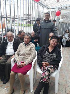 Fundación Hogar de Abuelitos Fe y Luz - fotos tomadas de su sitio web