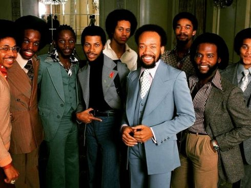 Earth Wind and Fire tomada de Facebook oficial del la banda