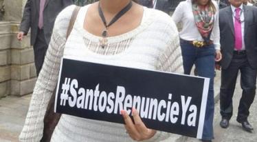 Santos Renuncie Ya
