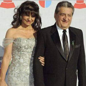 Jorge Oñate y esposa