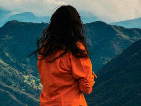 Señorita María, la falda de la montaña