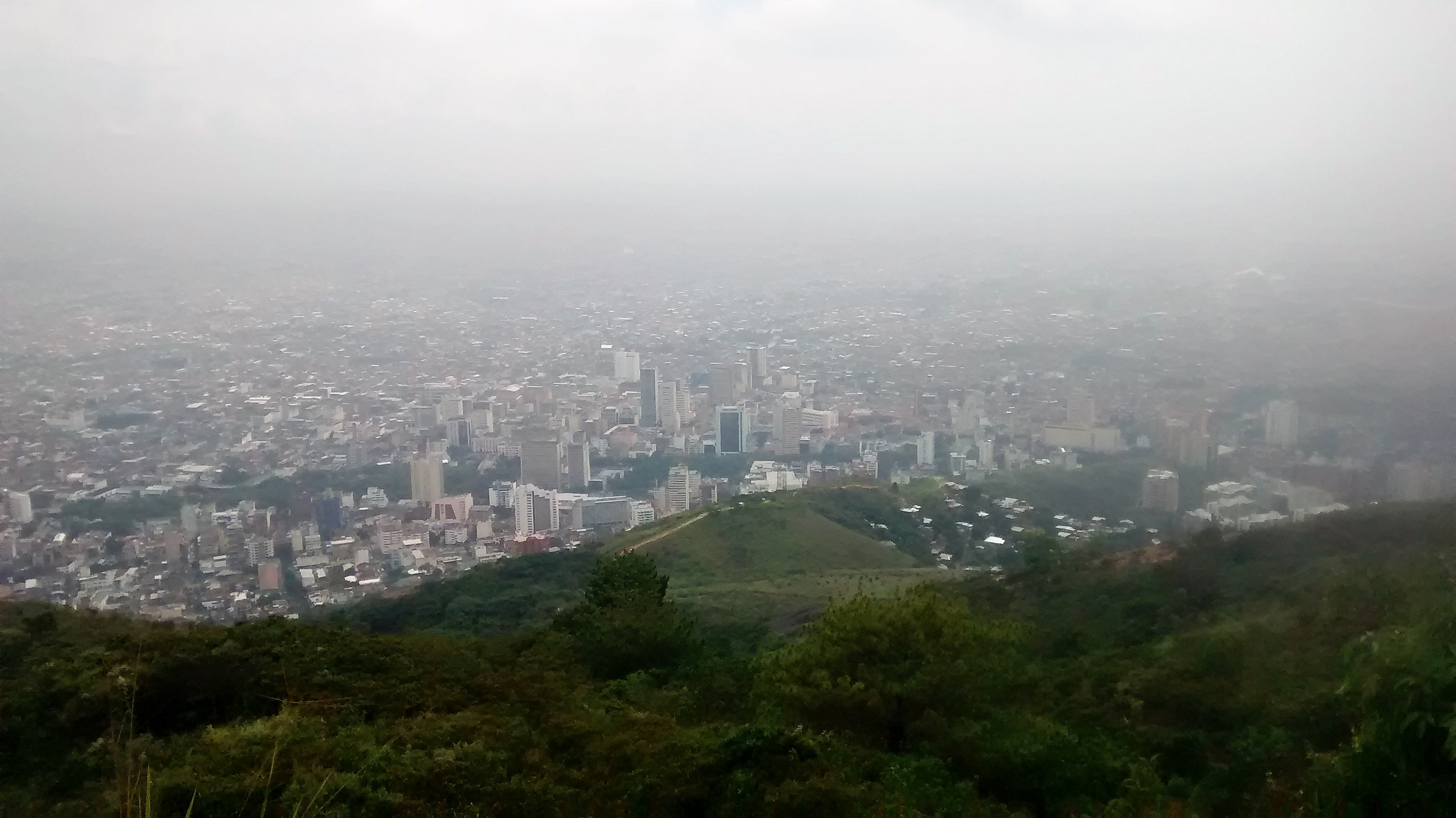A view of Cali, Colombia from Cerro de las Tres Cruces ...