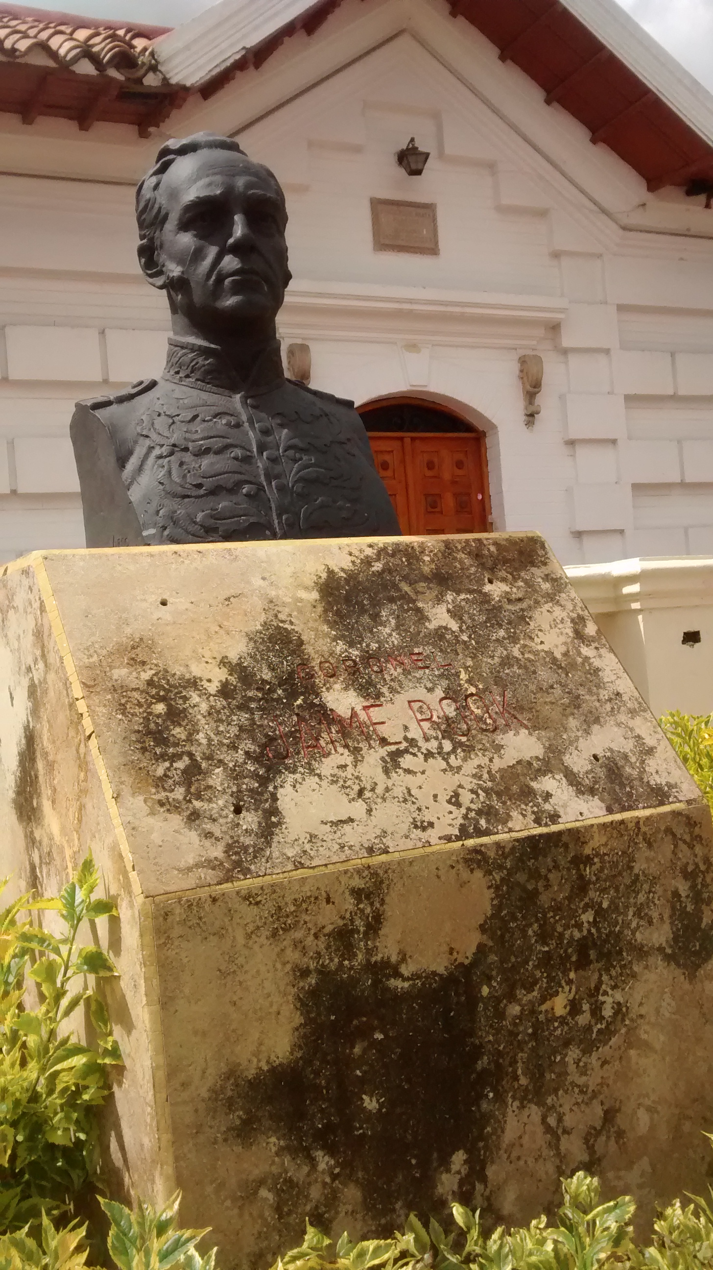 The bust of Dublin-born James Rooke, aka Jaime Rook, in Paipa, Boyacá, Colombia.